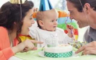 Что подарить на годик ребенку