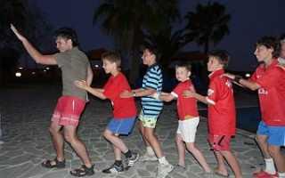 Игра с танцами для детей