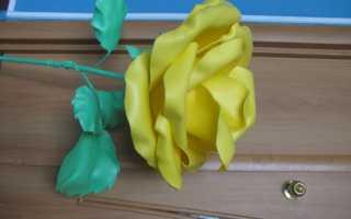 Розы из изолона фото