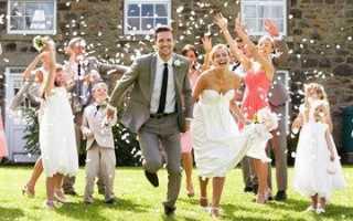 Что подарить на регистрацию брака